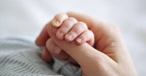 عکس از نوزاد،عوارض دخالت در تولد نوزاد